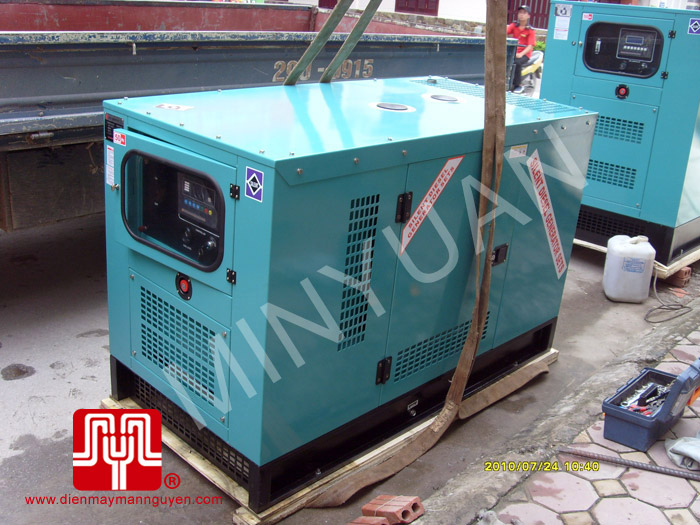 The set of 150KVA Weichai soundproof generator was delivered to customer in Quang Ninh province on 2010 July 24th