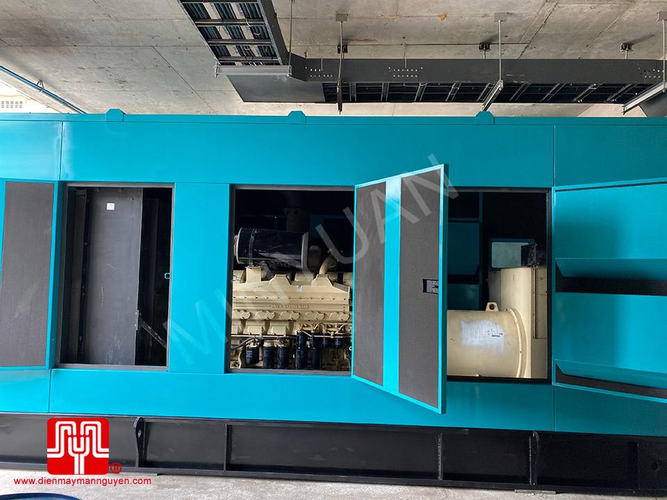 Máy phát điện Cummins 1200kva bàn giao ngày 03/08/2020