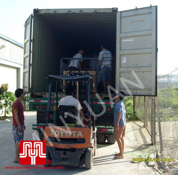 Xuống hàng Container máy phát ngày 20.06.2009
